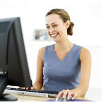 11-16female_in_front_of_computer