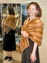 7-4amber-mink-stole-002