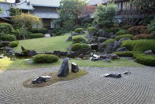 8-22japanese-rock-garden-design
