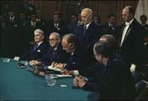 118peace_agreement_signing_1