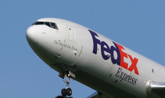 1115fedex_airplane